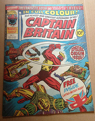 Captain Britain # 1 - Inc Free Gift (Mask) - Scarce W/gift - Marvel Uk 1976