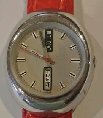 Vintage BULOVA GOLDEN CLIPPER J Oval Automatic Day Date Watch. 17 Jewels. Swiss