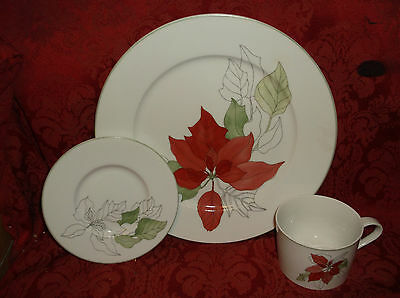 Block Bernarda Watercolors Poinsettia Mary Lou Goertzen 3 Piece Buffet Set Nib