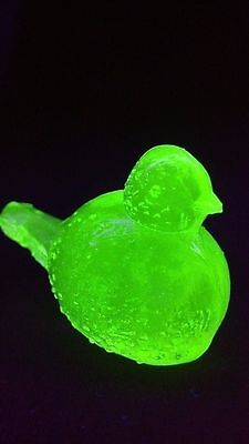 Handmade Green Vaseline Glass Miniature Wilkerson Bird Figurine Glows Blacklight