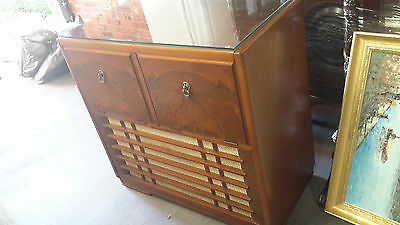 ANTIQUE VINTAGE RADIO GRAMOPHONE RECOR PLAYER in working order