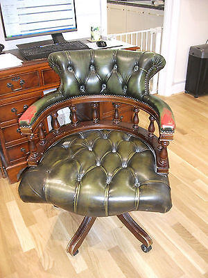 106 - Reproduction Mahogany Leather Button Back Revoling Office Chair