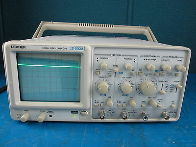 Leader LS8022 20-MHz 2-Channel Oscilloscope s/n 3427458