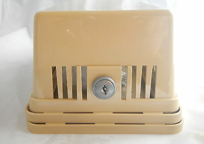 EMERSON WHITE RODGERS Thermostat Guard with Keyed Lock F29