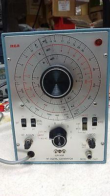 Vintage RCA RF Signal Generator model WR-50B - Electronic Test Equipment