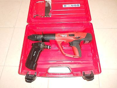 Hilti Dx460 Powder Actuated Nail Gun With F8 Nose Cone And Mx 72 Magazine