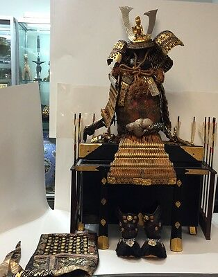A full set of  Japanese Samurai ARMOR Yoroi Gogatsu Ningyo Doll With Box