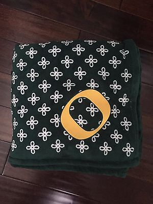 2f527bea6e VERA BRADLEY COLLEGIATE XL Throw Blanket Oregon Ducks -  49.99 ...