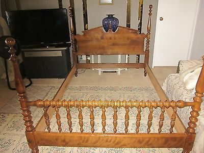 Full bed Ethan Allen Solid maple (Traditional frame)