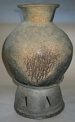 A Large and Fine Korean Grey Pottery Storage Jar with Stand-4th C.: