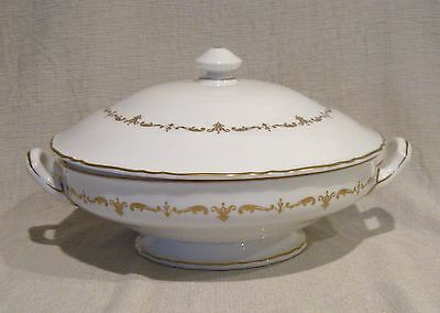 Royal Worcester Gold Chantilly Round Covered Serving Dish