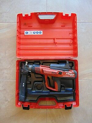 Hilti DX 76 Powder-Actuated Tool