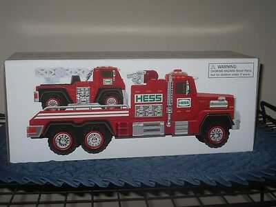 2015 Hess Truck New In Box Fire Truck And Ladder Rescue