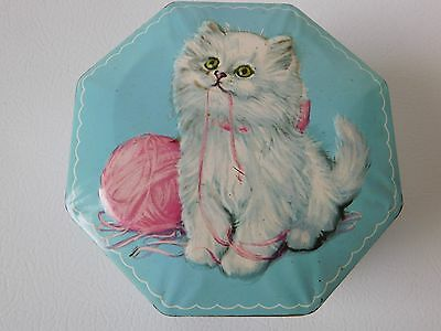 Beautiful Vintage Candy Tin Embossed W/hinged Lid Kitten Cats Adorable England