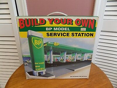 BUILD YOUR OWN BP SERVICE STATION Toy Authentic Replica Model