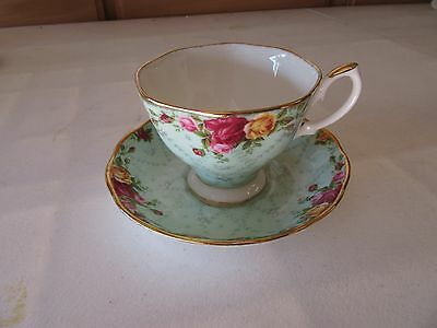 Royal Albert - Old Country Roses Peppermint Damask Tea Cup & Saucer