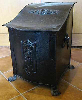 ANTIQUE Vintage COPPER Coal Scuttle BOX Claw Feet  C1910 EMBOSSED LID & FRONT