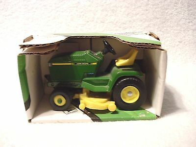 John Deere Lawn & Garden Riding Tractor Ertl 1:16 Scale #5591 with Box