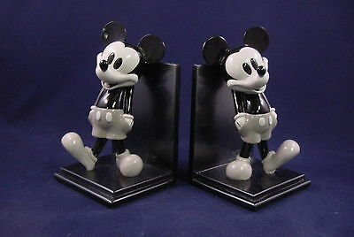 Disney Mickey Mouse Character Resin Bookend Set (2 Pcs.) In Graytone Finish