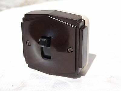 "TENBY ""PILOT"" ART DECO BAKELITE & CERAMIC VITREOUS ON OFF LIGHT SWITCH 1of2"