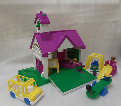 Barney The Dinosaur School House Playskool Play Set Complete With Box