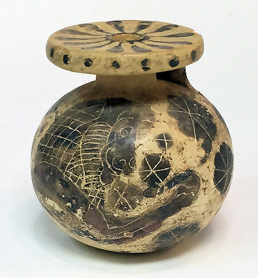 Ancient Corinthian Aryballos with forepart Lion c.5th century BC.