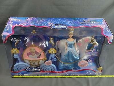 Walt Disney's Cinderella & Twinkle Lights Carriage Special Edition Doll Set MIB