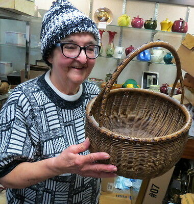 "early folk art woven reed basket RARE (Y) split handle & decorated 13"" / clean"