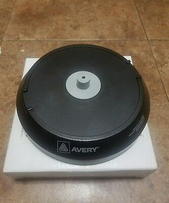 Avery removable white CD Labels (5931) & CD / DVD Label Applicator
