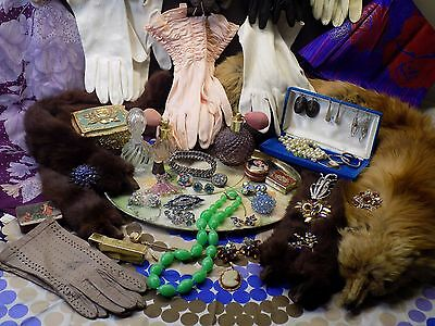 HUGE VINTAGE LADIES LOT Rhinestone Costume Jewelry Fancy Gloves Perfume Fur Wrap