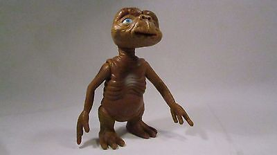 "Vintage Amblin Studios ET Extra Terrestrial Pose-able Figurine ~ 8"" tall"