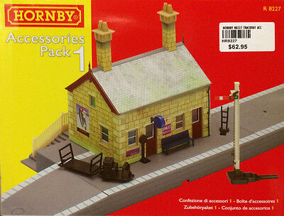 Hornby Model train Accessories Pack No 1