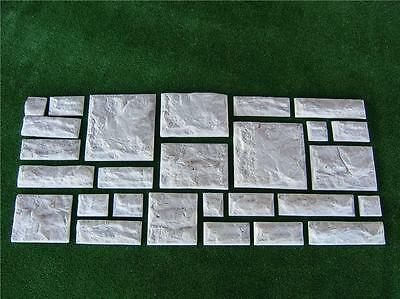 Wall Cladding Brick Mould**Makes 13 Bricks At A Time **