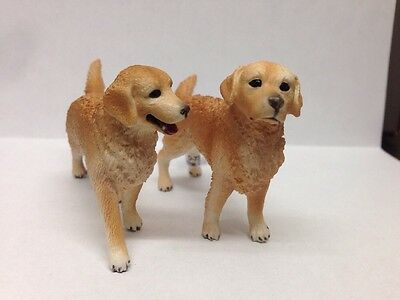Golden Retriever Dogs Pair Model Toy Figurine - NIP