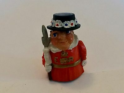 """A Delightful Hand Painted Pewter thimble of a Yeoman Warder """"Beefeater"""""""