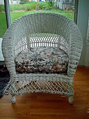 Vintage Wicker Arm Chair**American Chair Co**Merikord**LOCAL PICKUP ONLY