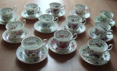 royal albert flower of the month servizio completo x 12 persone