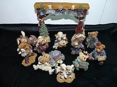 Boyds Bears NATIVITY SCENE Eleven (11) Pieces including Stage Series #1