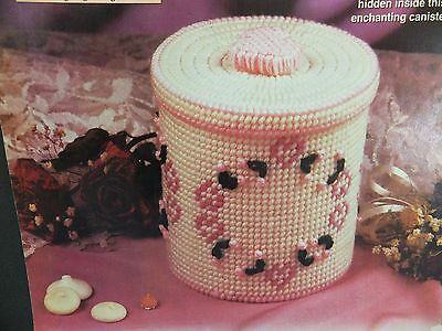 Pretty Sweetheart Candy Box / Container  Pattern(s) in Plastic Canvas