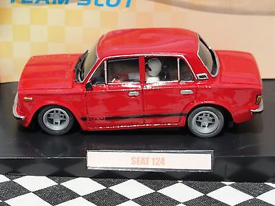 Team Slot Seat 124  'fu'  Red'   73902  1:32 New Old Stock Boxed