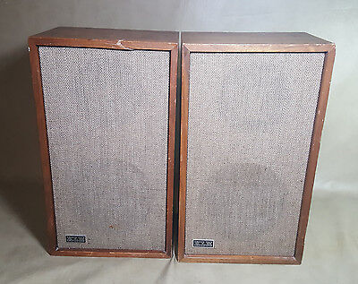 Vintage KLH model Twenty-Four Series II Loudspeaker System 8 Ohms Pair