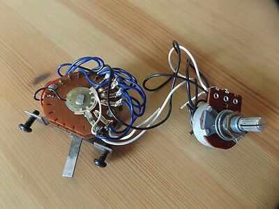 Original vintage 1988 Charvel 5-way switch and volume pot, working condition