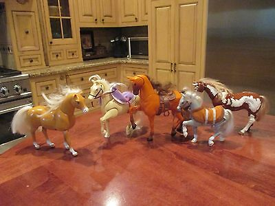 Rare Set of Articulated Horses With Accessories - Walk and Whinnies