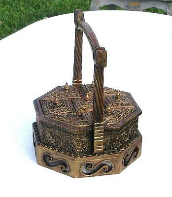 Vintage Asian Ornately Carved Wooden Spice/Tea Box - 7 Compartments w/Lids - A++