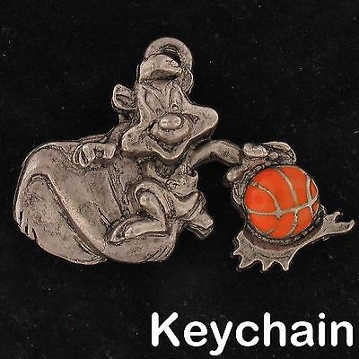 KEYCHAIN Pepe Le Pew WARNER BROS Looney Tunes WB STORE Pewter BASKETBALL 4267