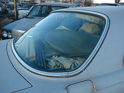 Mercedes W123 Rear Windshield 300CD 280CE Coupes tinted & Excellent