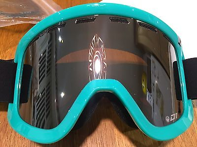Dragon Ski Snowboard Goggles D1 With spare Low Light Lens