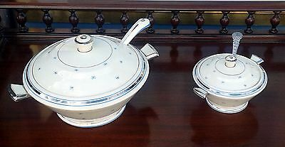 Art Deco - Beautiful matching tureens-white with blue decoration and platinum.