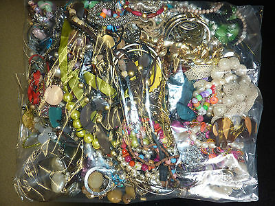 Huge Collection of Costume Jewellery Job Lot 4