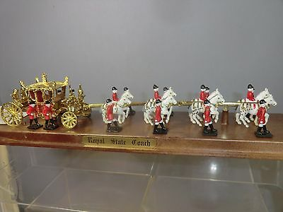 "CRESCENT TOYS  MODEL No.1953  ROYAL STATE COACH "" CORONATION PARADE""   VN MIB"